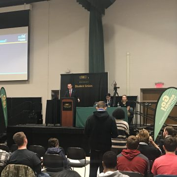 Student Government answers students' strike questions at open forum