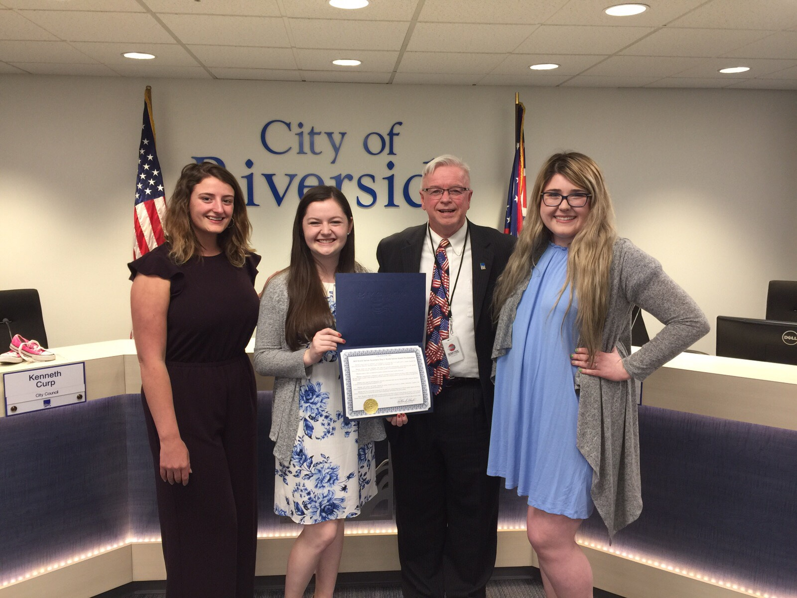 Alpha Xi Delta receives proclamation from mayor to honor World Autism Month