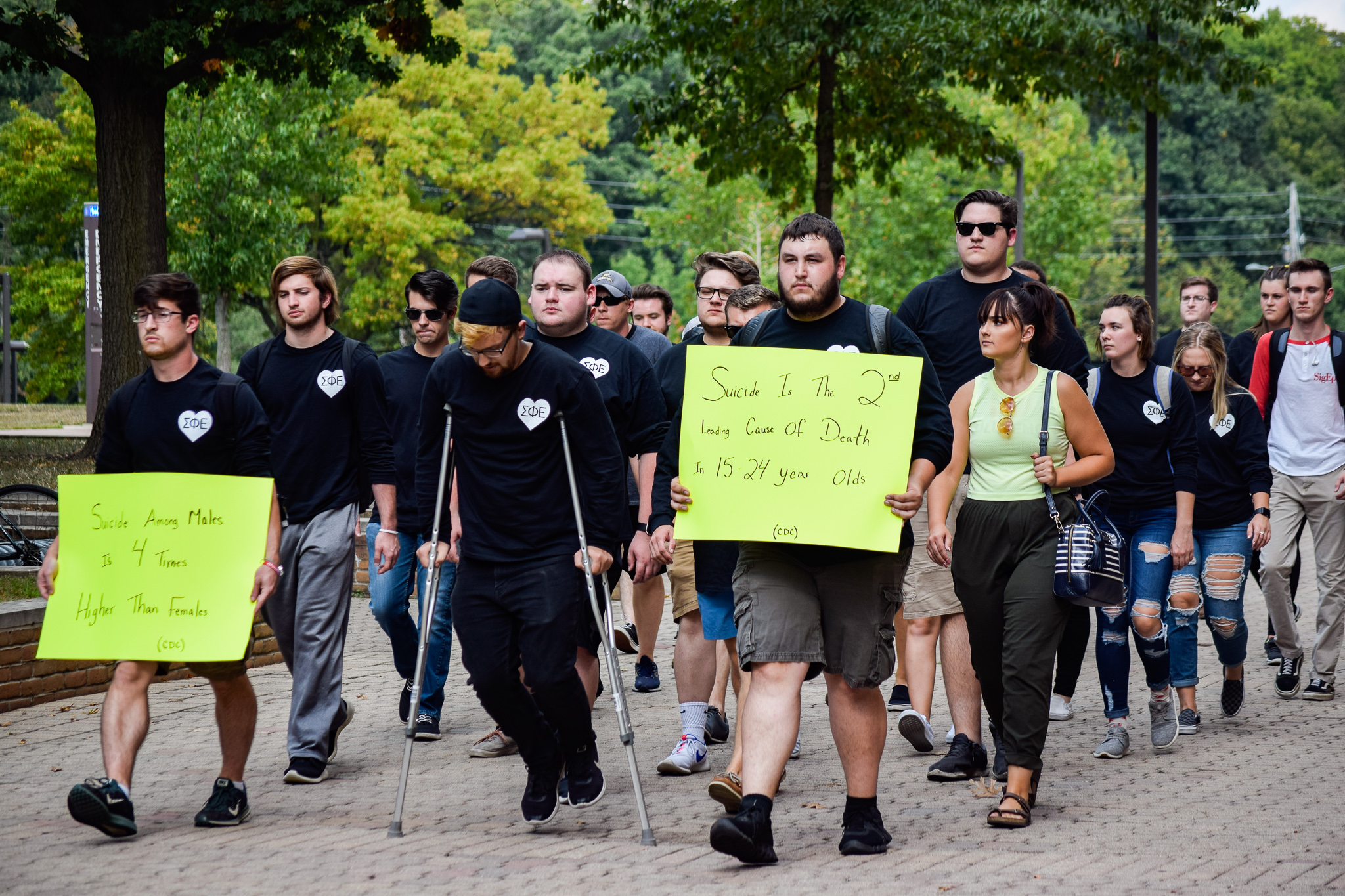 Sigma Phi Epsilon Out of the Darkness Walk | Photo by Jessica Fugett | The Wright State Guardian