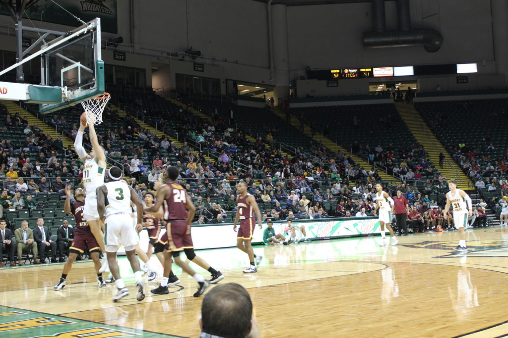 WSU Mens Basketball vs. Central State | Photo by Daniel Delgado | The Wright State Guardian