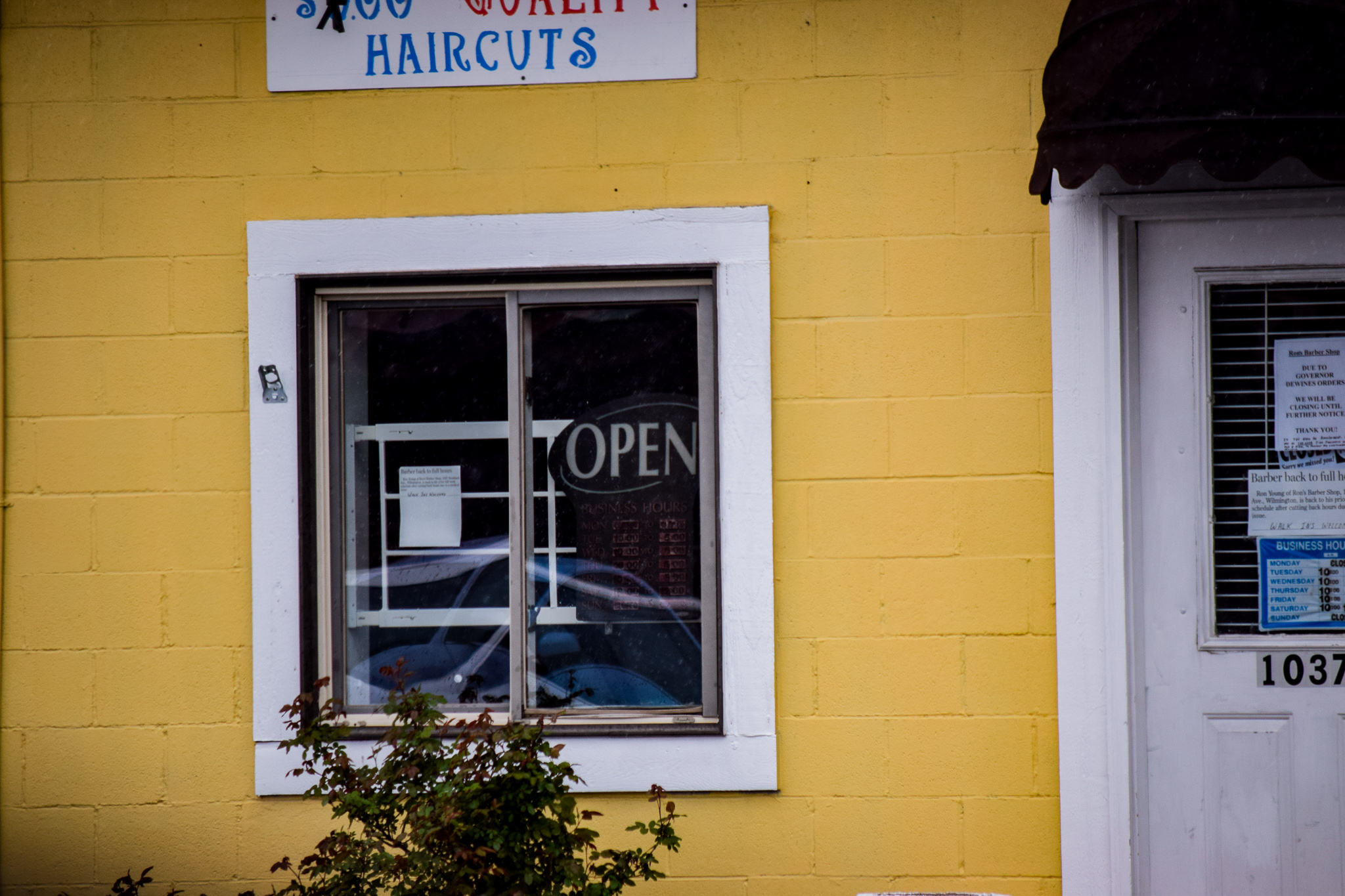 Hair salons closed due to Coronavirus | Photo by Jessica Fugett | The Wright State Guardian