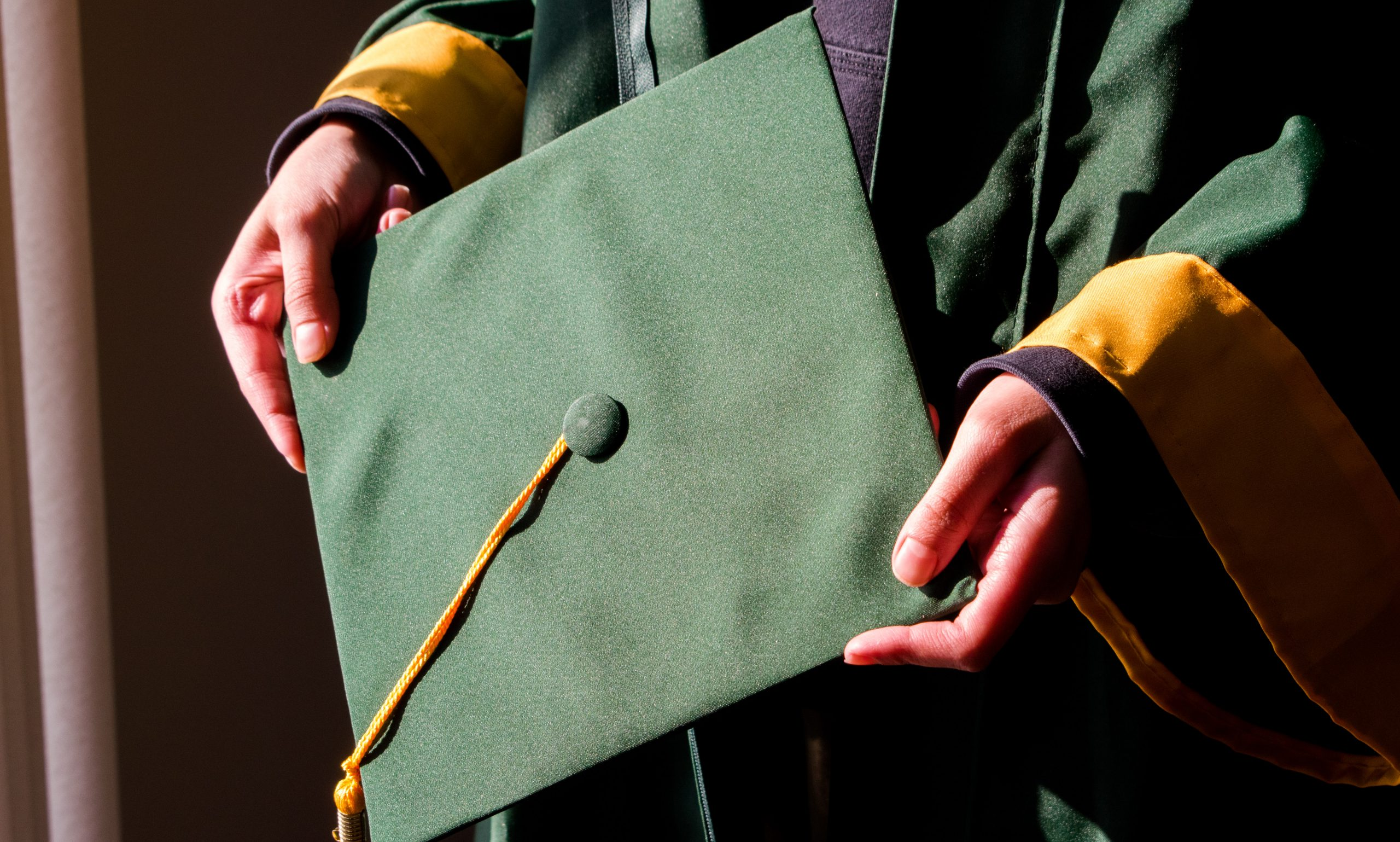 Wright State Cap and Gown | Photo by Diana Jaber | The Wright State Guardian